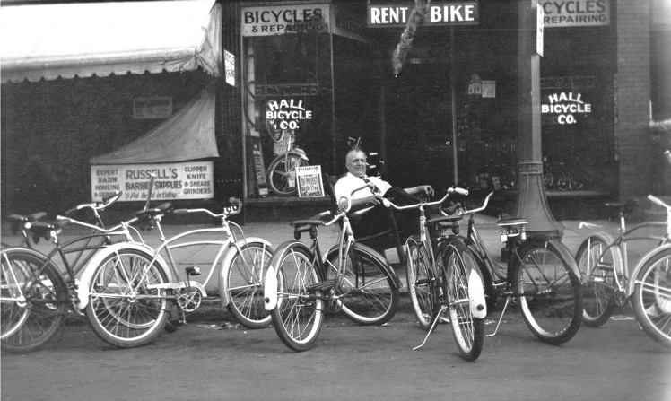Cedar Rapids Bicycle Rentals, Hall Bicycle, Bike Rentals, Cedar Rapids, Iowa City, Iowa