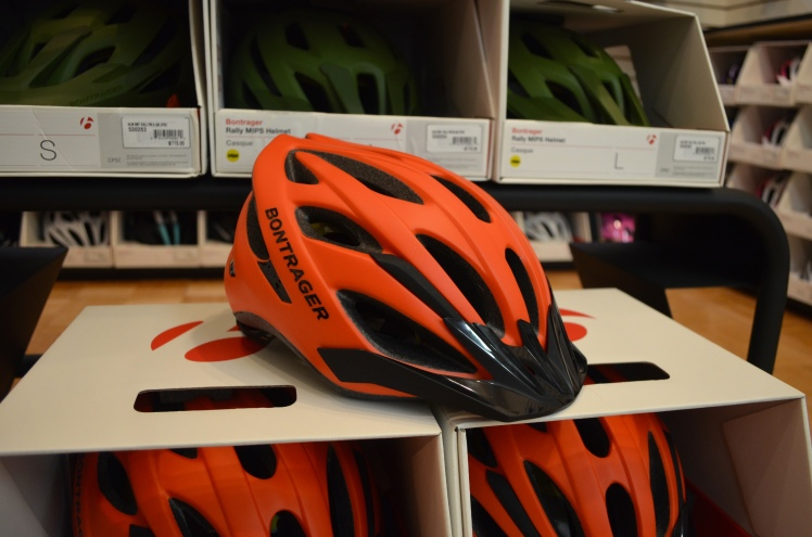 Bontrager MIPS Helmets - Rally - Solstice | Hall Bicycle Company